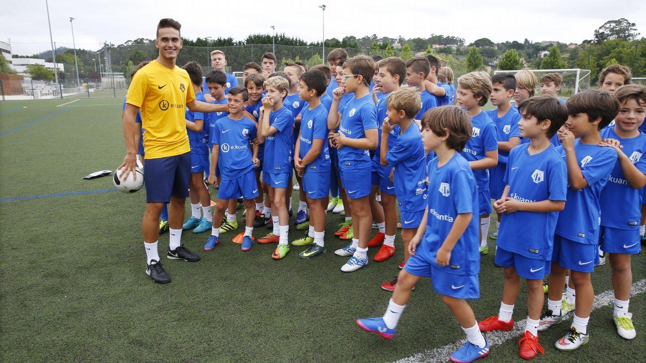 Neymar, a su llegada al entrenamiento del Barça en el que se despidió de sus compañeros