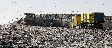 Sogama reclama cuatro millones de euros a 73 ayuntamientos y 3 mancomunidades.