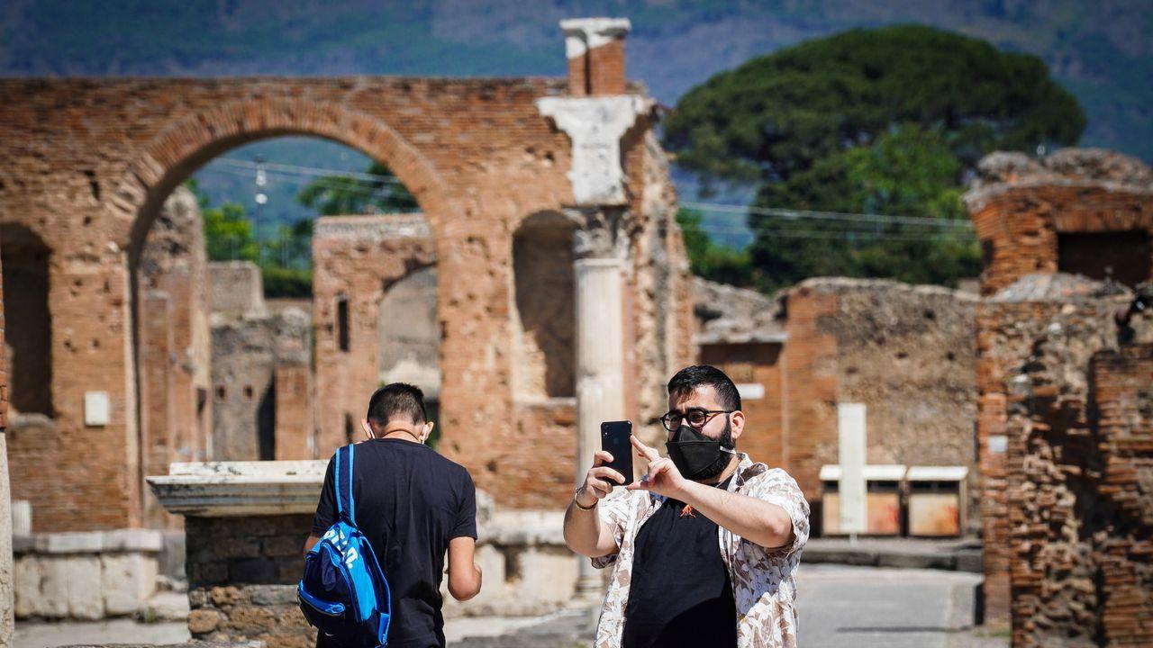 Pompeya ha reabierto sus puertas al turismo, pero los visitantes han de respetar unas medidas de seguridad