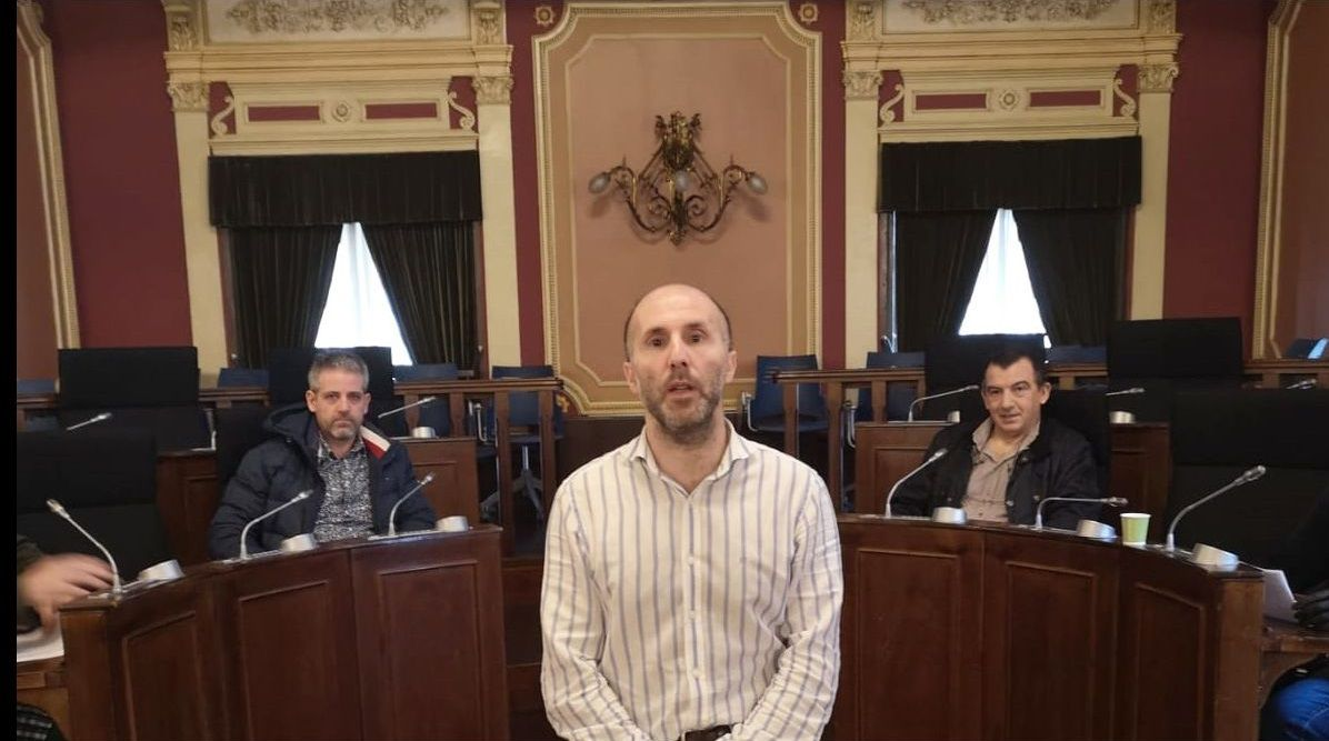 El alcalde, Gonzalo Pérez Jácome, recibió a representantes del sector hostelero