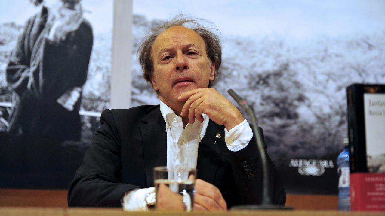 libros.Javier Mariás durante la presentación de «Berta Isla»