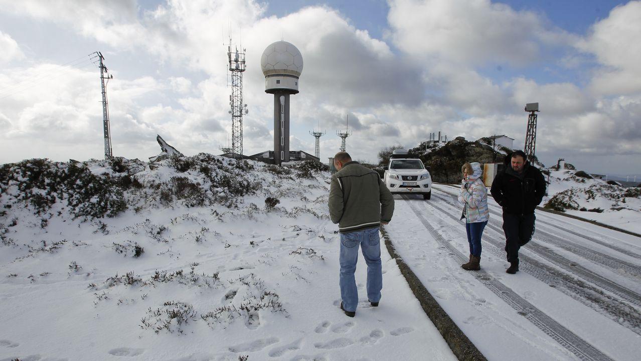 La nieve llega a Monte Caxado.Foto de archivo del pantano de As Forcadas, situado en Valdoviño.