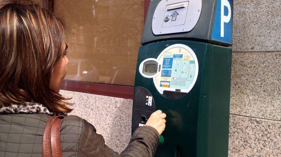 Actualmente la ORA en O Barco solo se puede pagar en las máquinas colocadas en la calle