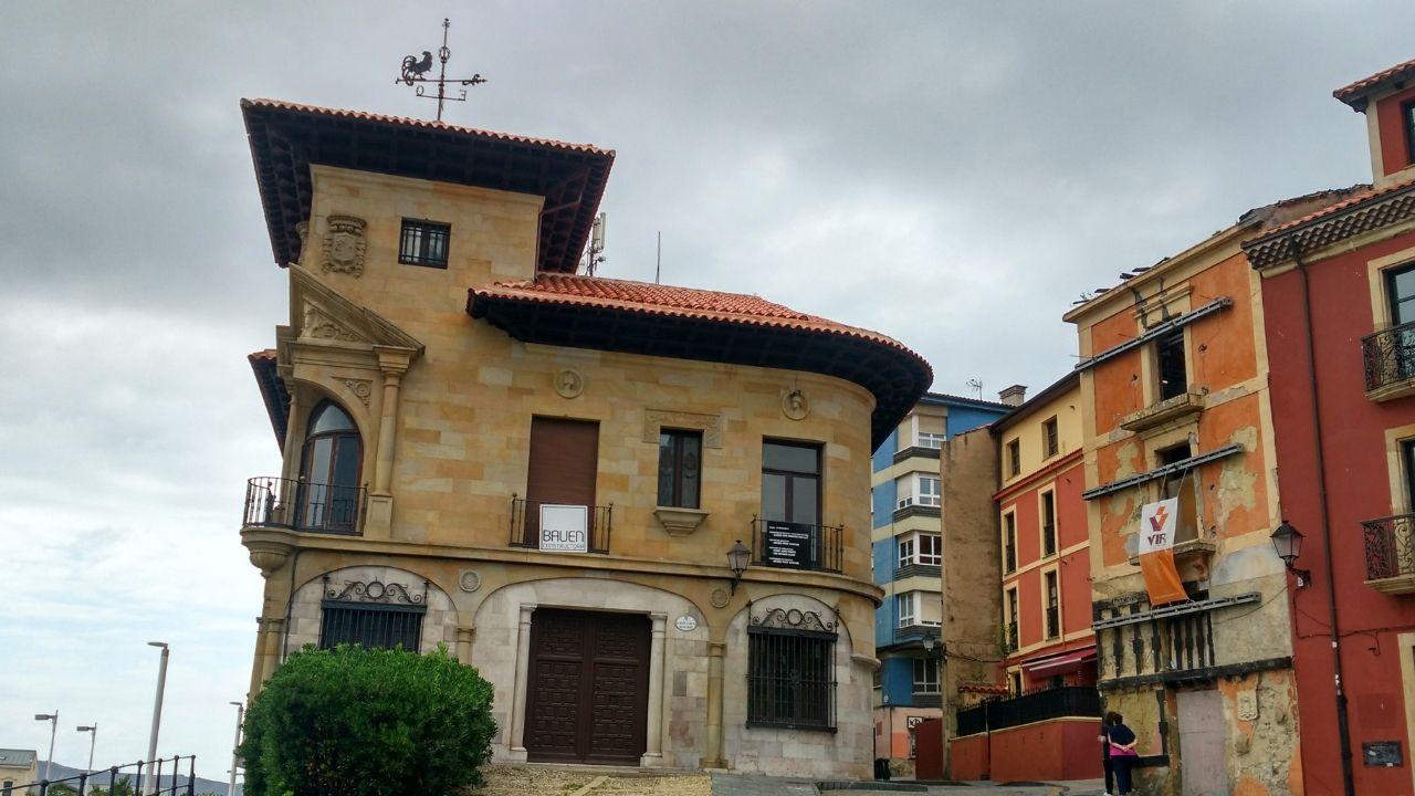 Casa Paquet.La Casa Paquet, en Gijón