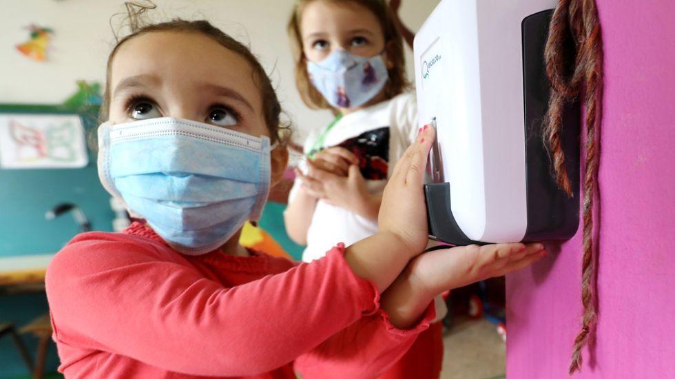 Los protocolos anticovid se aplican con éxito en todos los colegios, escuelas infantiles e institutos de Galicia