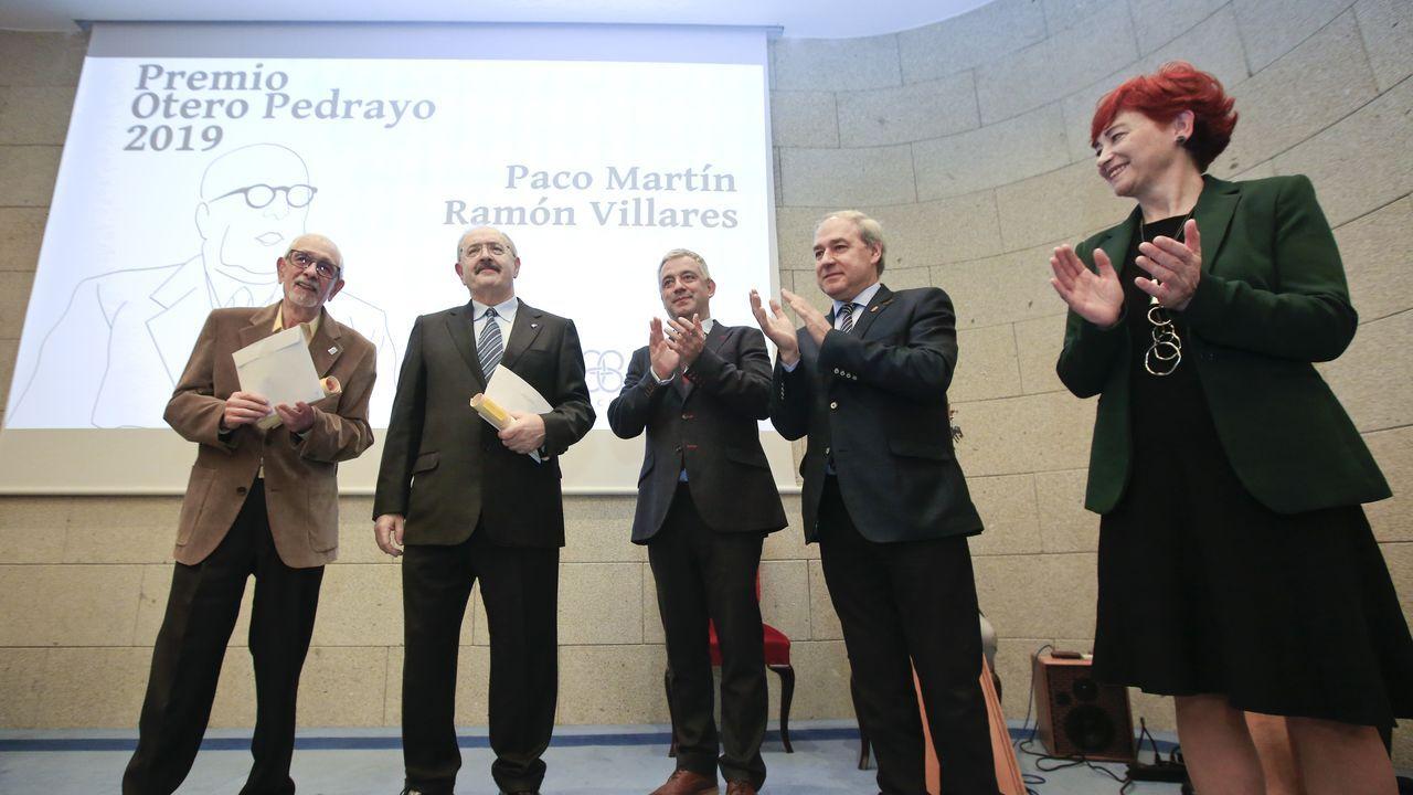 Paco Martín y Ramón Villares reciben el Premio Otero Pedrayo.Numerosas zonas de la provincia -en la imagen, Canabal, en Sober- quedaron anegadas por el temporal