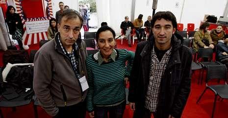 Héctor Carré, izquierda, junto a María y Marcos Hervera en el debate organizado por el OUFF.