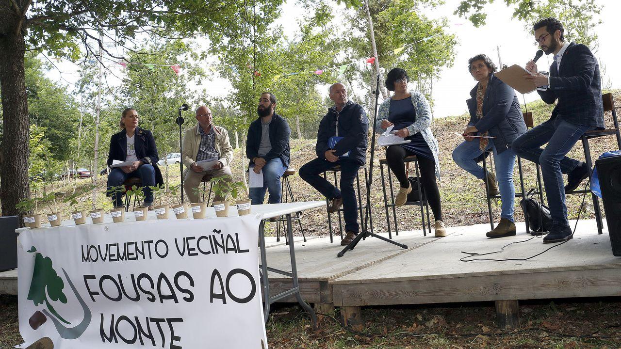 Fousas ao Monte organizó un debate con los seis candidatos á alcaldía de Rianxo