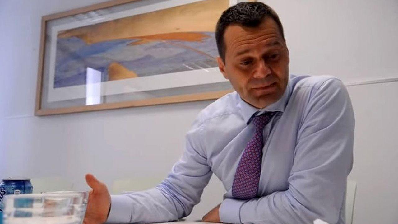 PUERTA LA VILLA GIJON.Víctor Madera // YOUTUBE DIARIO MÉDICO