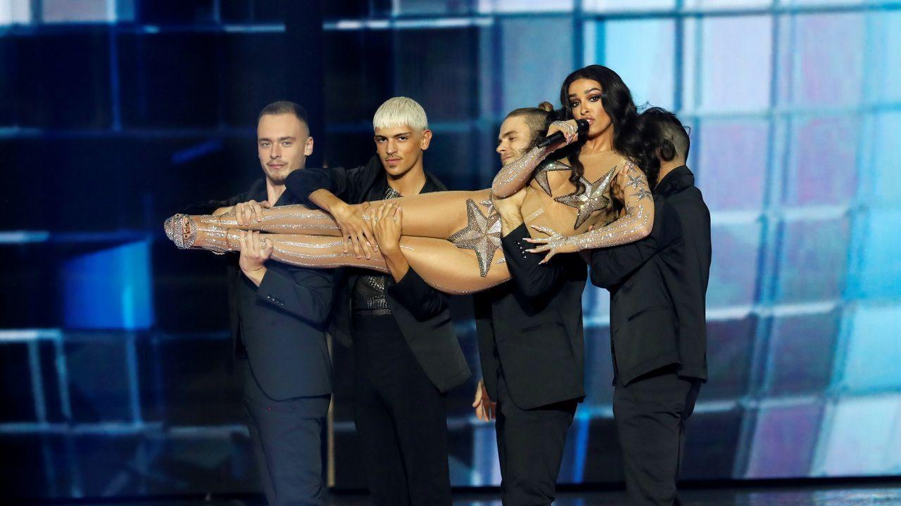 Netta Barzilai, de Israel.Eleni Foureira, durante una de las actuaciones del interval de Eurovisión