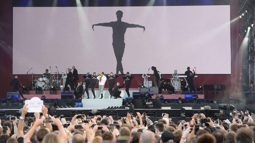 La cantante estadounidense Ariana Grande, durante su actuación en el Manchester Arena