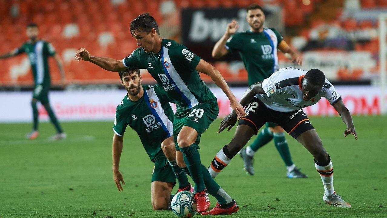Pelayo Novo Ander Herrera Real Oviedo Athletic Bilbao Carlos Tartiere Copa del Rey.Jon Erice persigue a Saúl Berjón durante el Real Oviedo-Albacete
