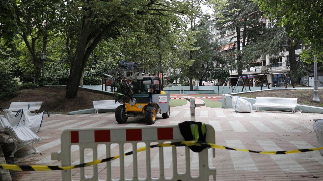 «El parque da un poco de pena, porque está sucio».Xinzo ha contratado a diez personas para las brigadas
