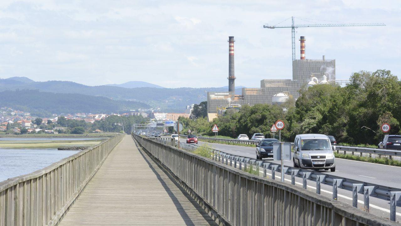 El peaje de Vilaboa es el que más veces levanta las barreras cada año