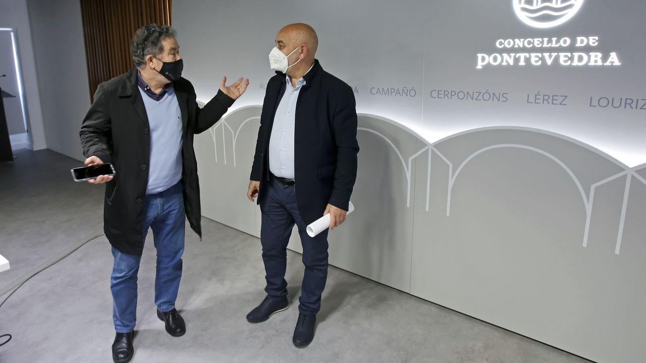 El paso de Karim por Pontevedra en imágenes.Miguel Anxo Fernández Lores y Tino Fernández, en la presentación de las ayudas municipales para la reactivación económica