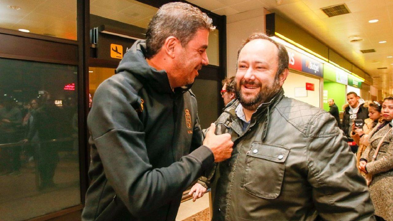 Arturo Elías y Jorge Menéndez Vallina, durante la visita del primero en 2018