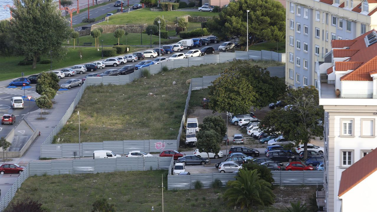 VIADUCTO DE LA RONDA DE NELLE CON AVENIDA DE FINISTERRE .