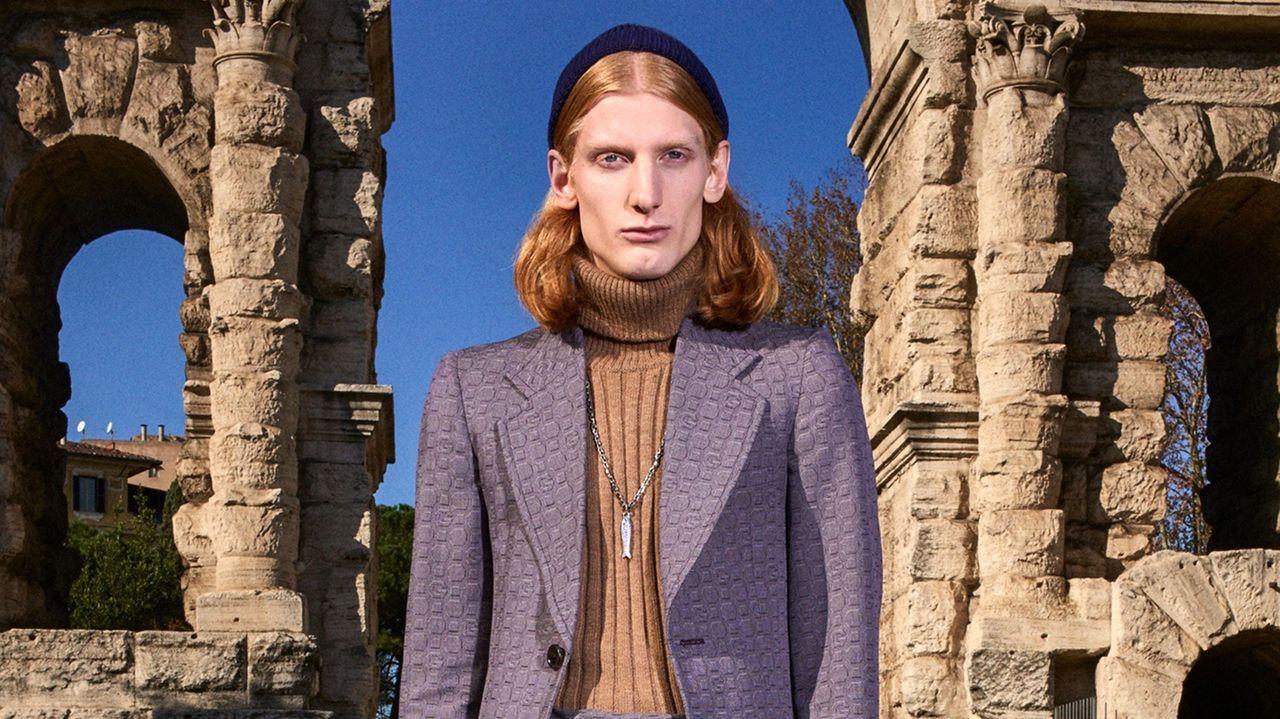 El hombre se acerca al mundo transgénero.Los escaparates de El Corte Inglés se llenan de vida en su campaña #MásColor
