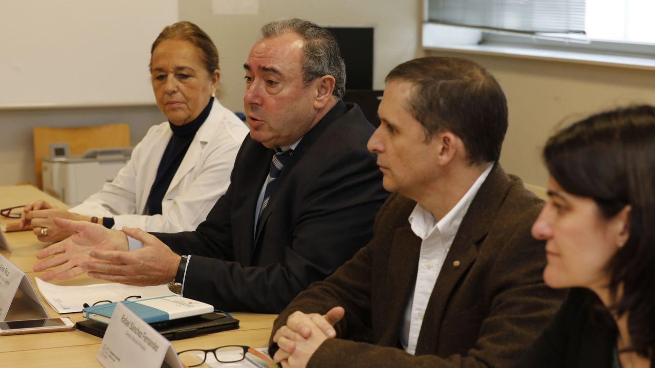 Hace aproximadamente un año autoridades sanitarias anunciaron que el centro de salud de Burela abriría también en horario de tarde