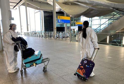 Los pasajeros procedentes del Reino Unido deberán cumplir con la cuarentena en Francia