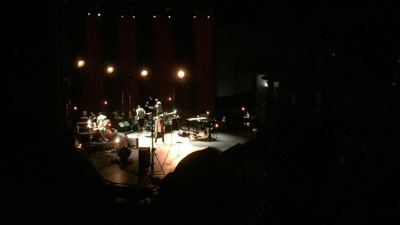 Imágen de su concierto en Santiago en el 2019 en la que Dylan impidió el trabajo normal de los fotografos de prensa