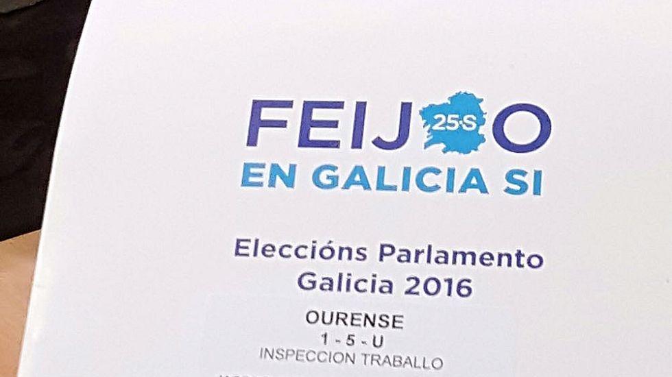 Las carpetas del PP que ha denunciado Democracia Ourensana.
