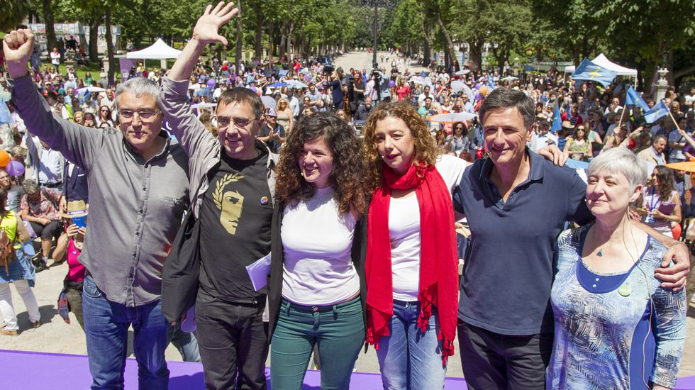 Alvia.Un acto de Unidos Podemos en Asturias