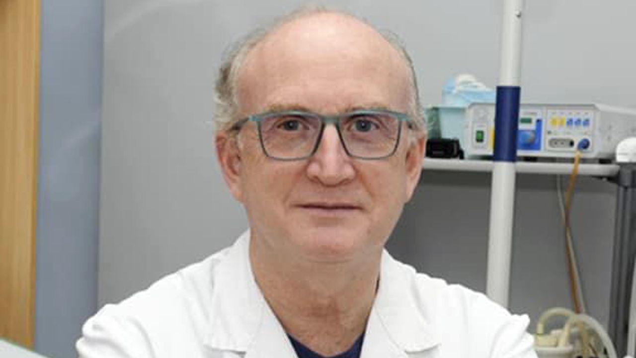 Alberto Parajó, jefe de servicio de cirugía general y digestiva del Chop