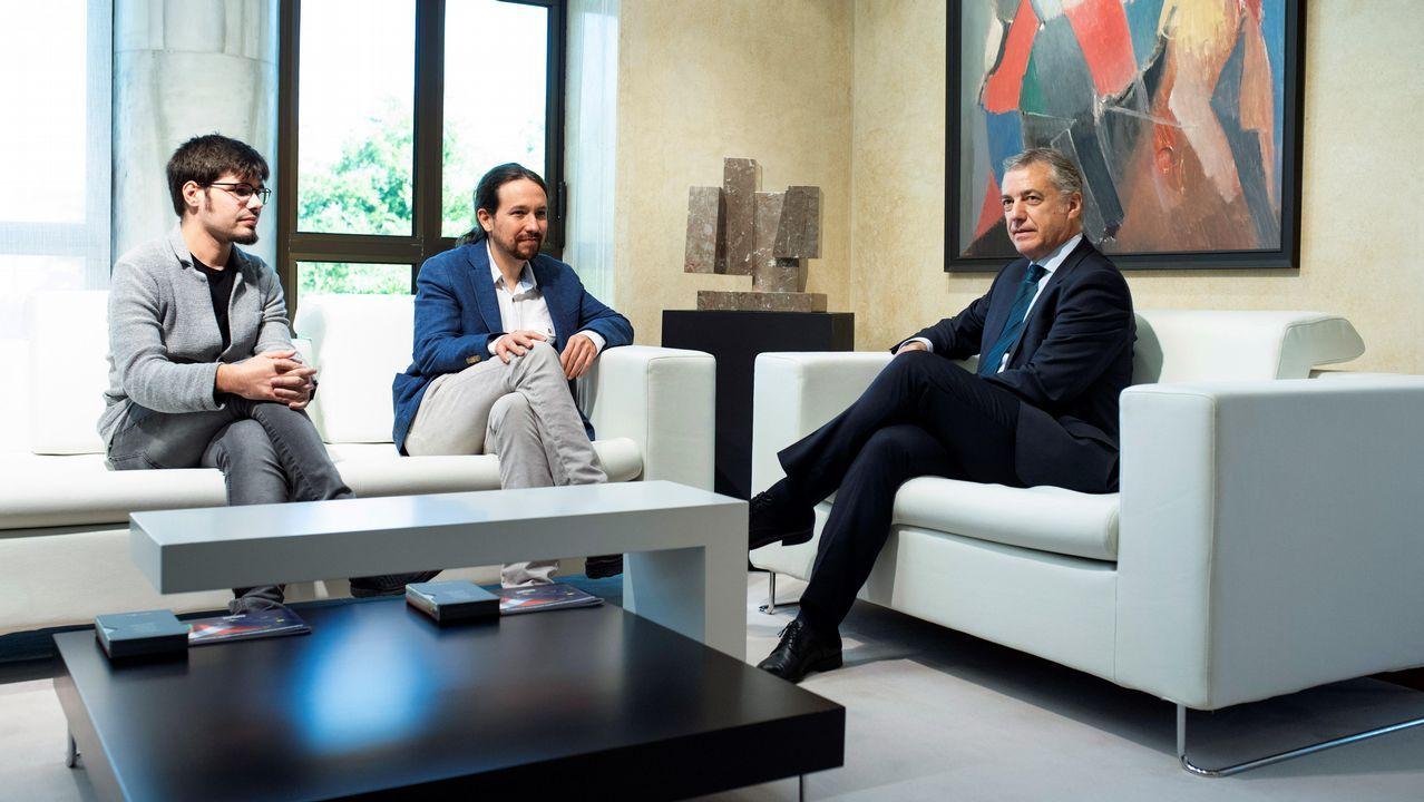 Iglesias ofrece a Urkullu «cuidar la mayoría que desalojó al PP del Gobierno». El lendakari, Iñigo Urkullu (derecha), y el consejero de Gobernanza Pública y Autogobierno, Josu Erkoreka