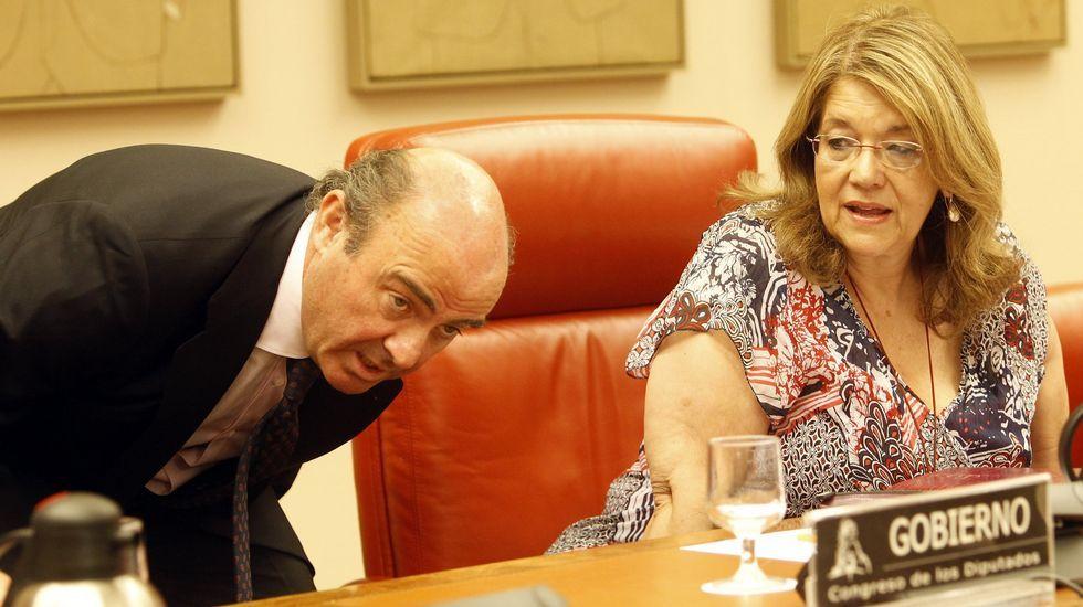 Junta de la vieja Pescanova.Elvira Rodríguez, junto a Luis de Guindos, en una imagen de archivo