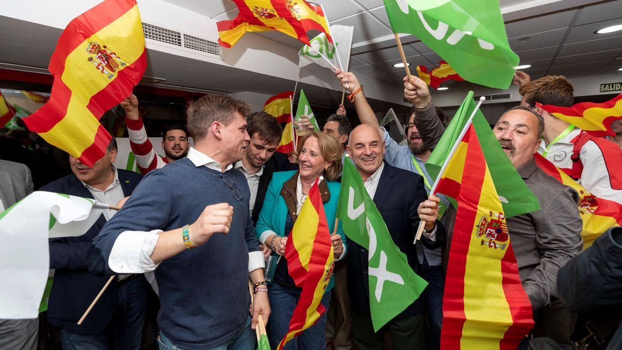 El cabeza de lista de Vox por Murcia celebra los resultados de su formación, que fue la más votada en la región