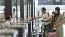 Pasajeros en el aeropuerto de Barajas