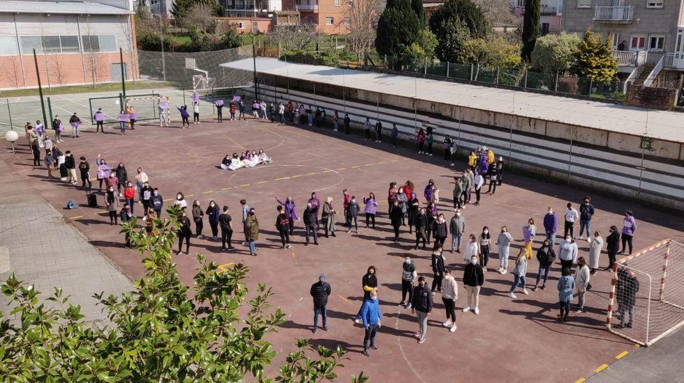 Conmemoración del 8M en el IES Campo de San Alberto noiés