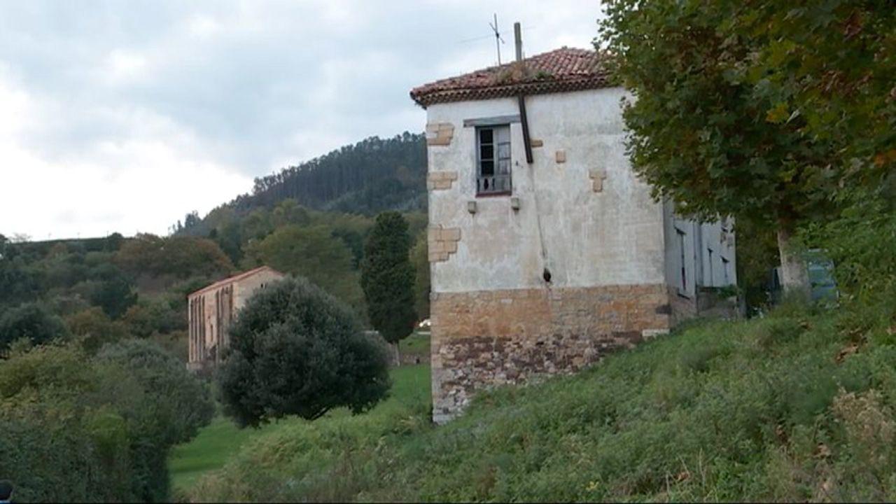 Las peores vistas de edificios desde la Muralla de Lugo.Casa rectoral del Arzobispado en el Naranco, Oviedo