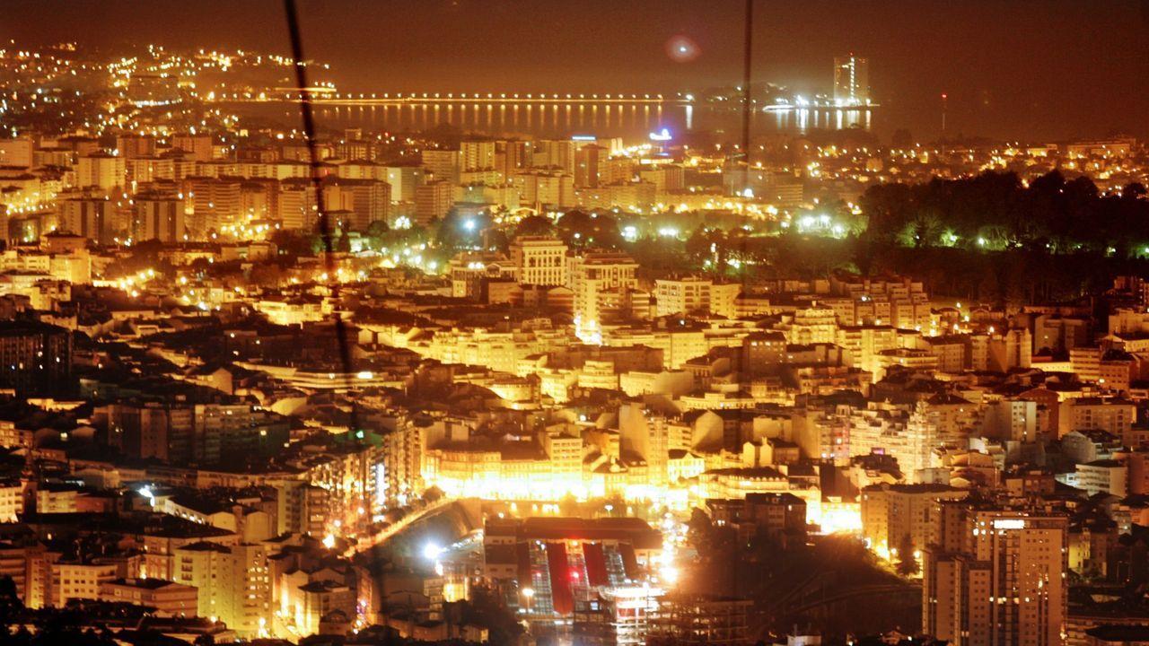 ¿Cuál es el mayor exponente de feísmo de la ría de Vigo?.Imagen de archivo de una ambulancia del 061