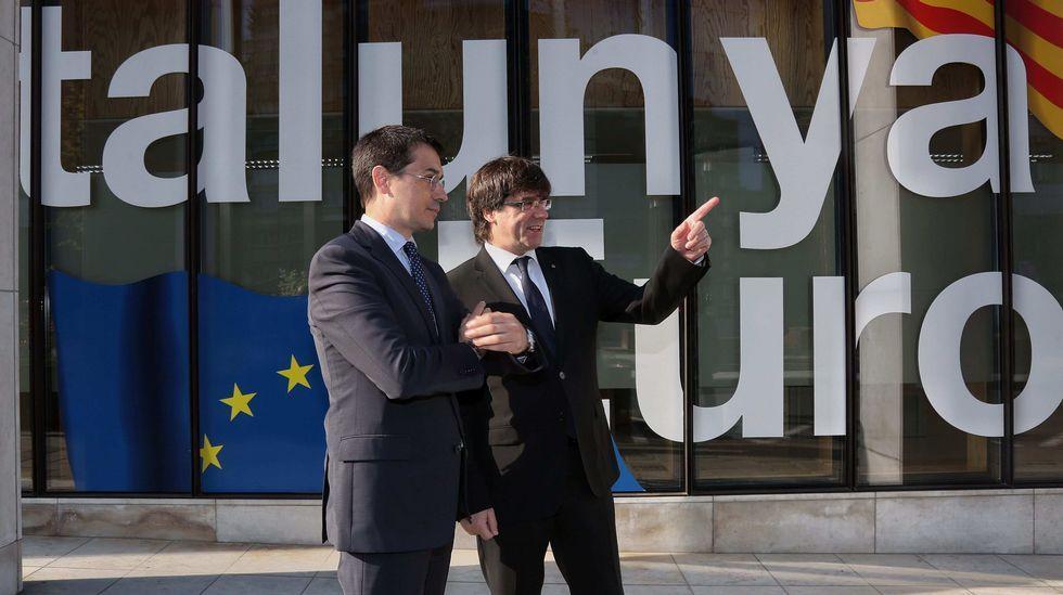 El presidente de la Comisión Europea planta a Puigdemont