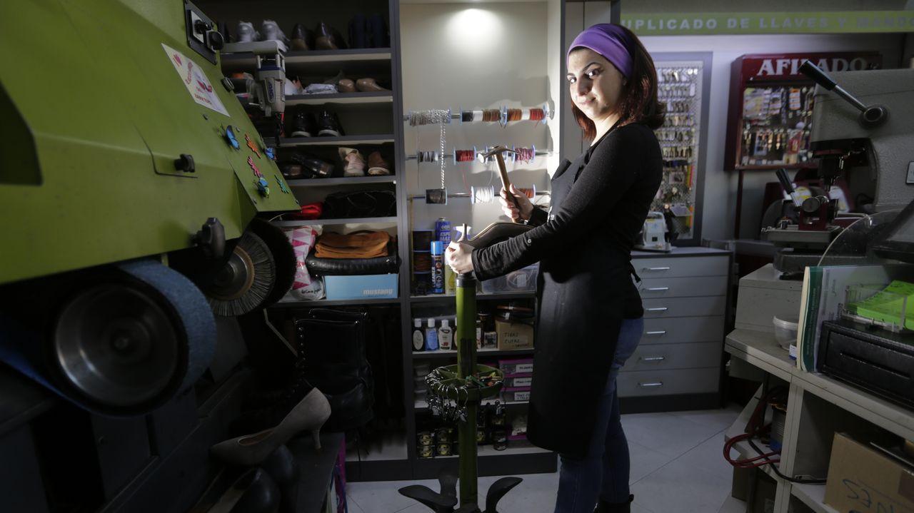 Belén Debén, propietaria de la tienda de cosmética orgánica Ladebén en A Coruña
