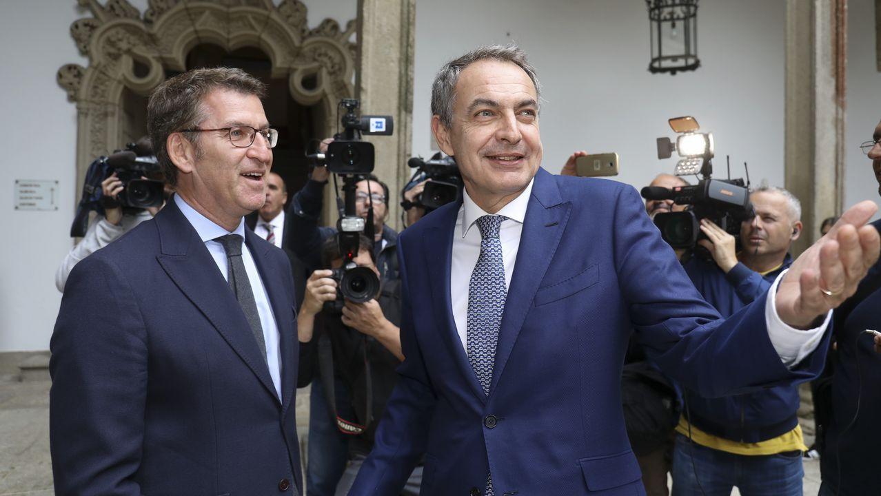 Feijoo saludó a Zapatero en el Hostal dos Reis Católicos