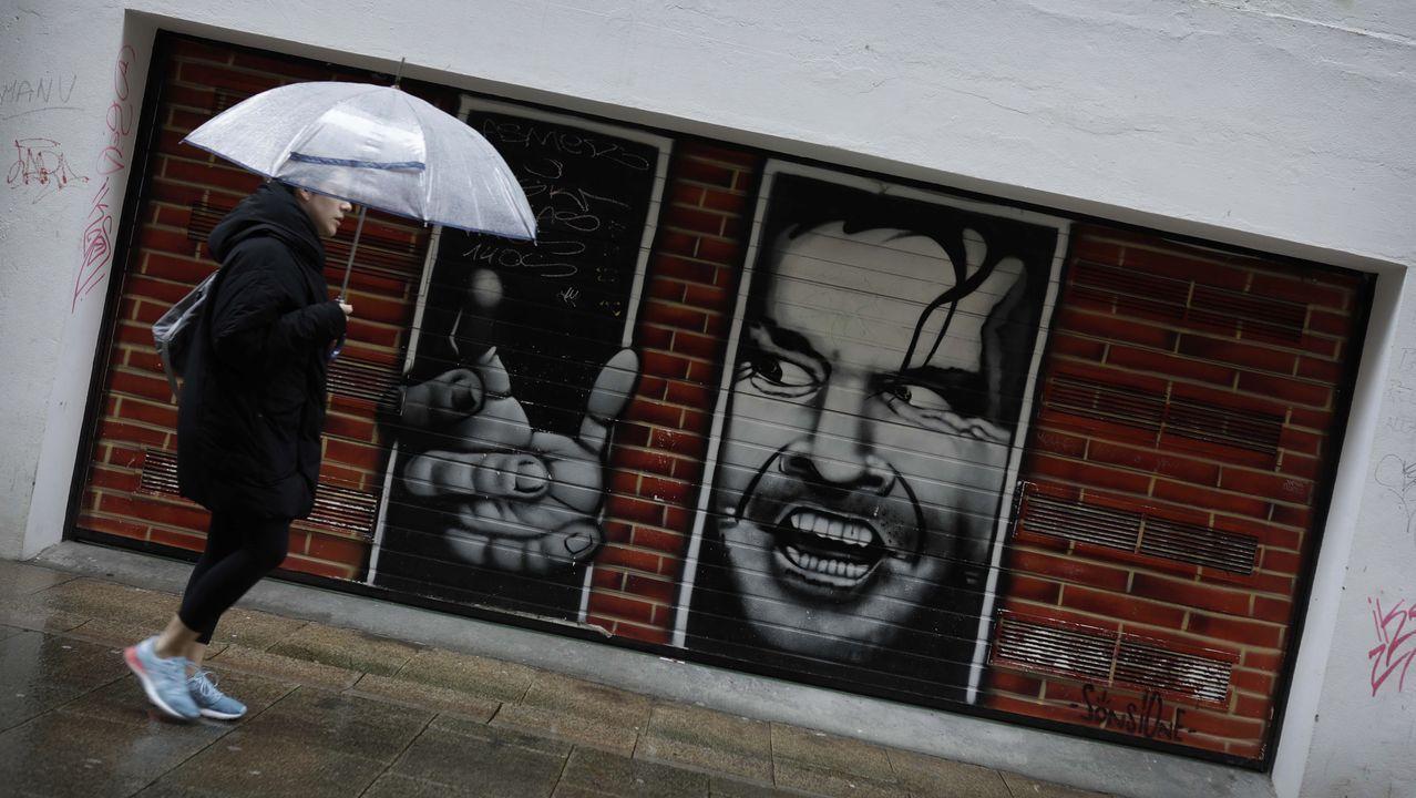 soho.Entrega de mascarillas por las calles de Vigo