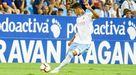 Simone Grippo golpea un balón con el Zaragoza