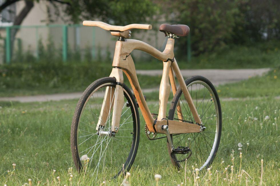 La bicicleta construida en Vilinus por el corredor.