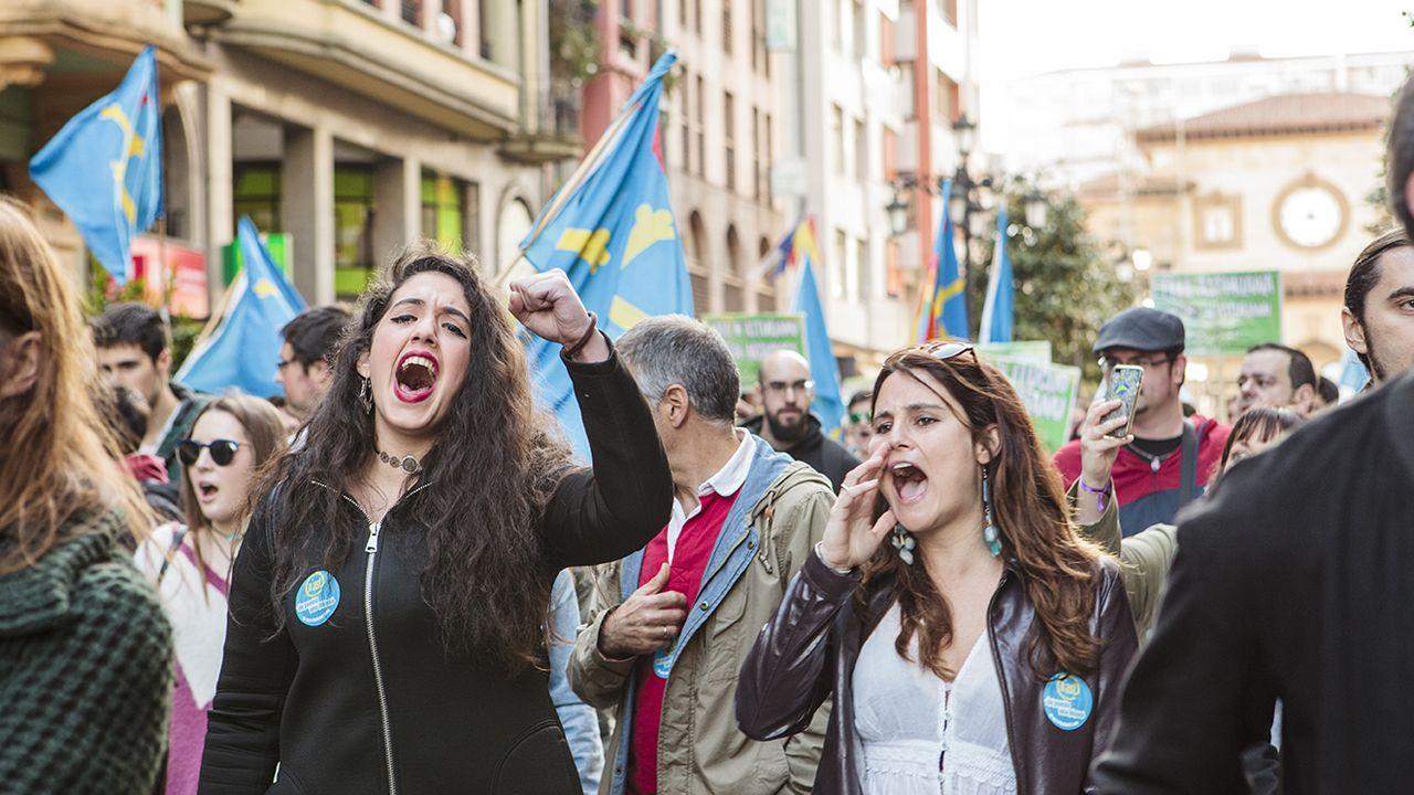 La manifestación por la oficialidad