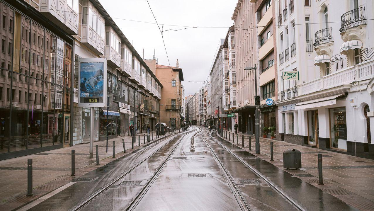 Declaración institucional de Pedro Sánchez.Una calle de Vitoria hoy