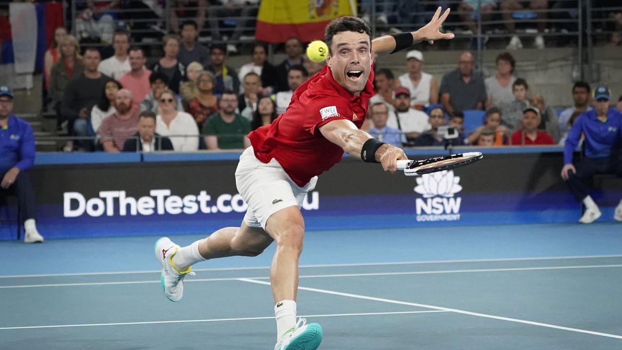 «Si uno tiene 30 Grand Slam, pero ningún amigo, va a tener un futuro infeliz».Feliciano López en el torneo de tenis playa de Luanco, en 2005