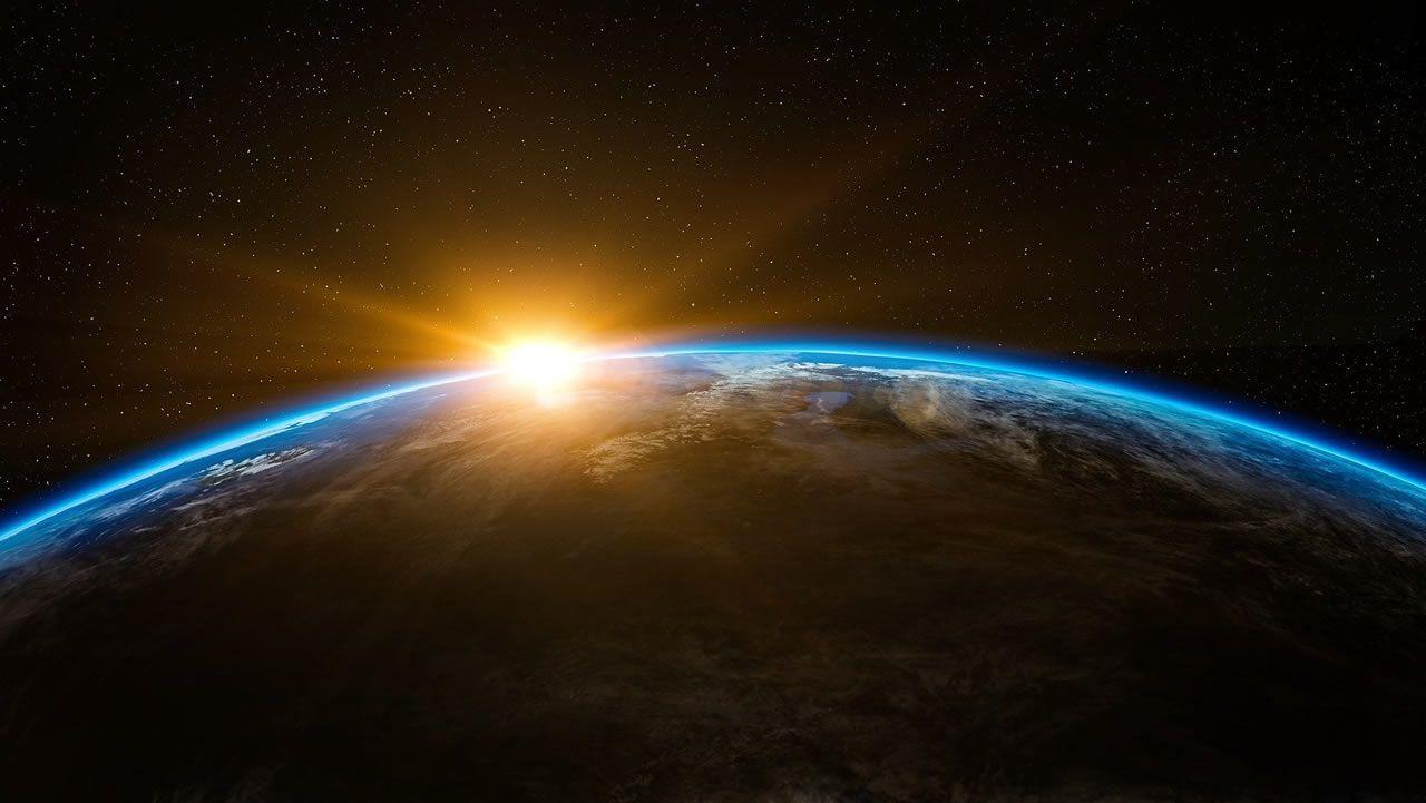 Restos de un cohete Soyuz surcan el cielo de Galicia.Las tormentas han sido protagonistas en la última semana en Galicia