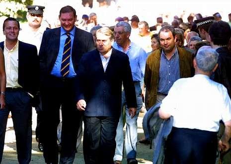 Hernández y Cuíña en la inauguración del segundo tramo del paseo del Pontiñas, en el 2001.