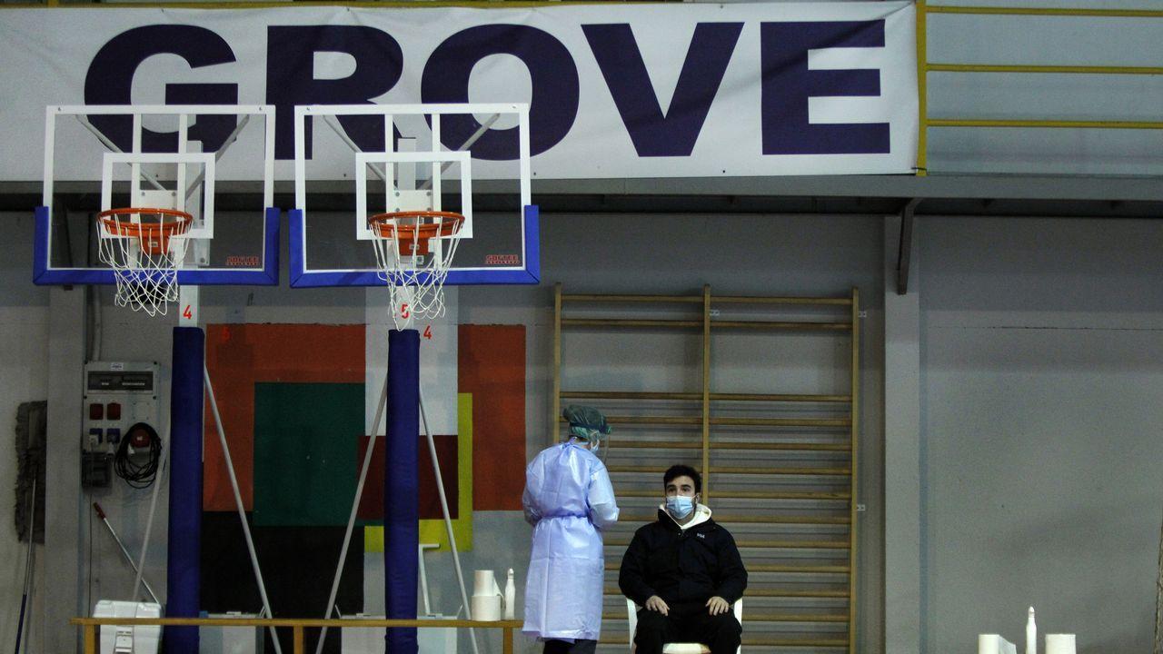 Agresión de un joven a un indigente en O Grove.O Grove dobló en solo 10 días el número de personas contagiadas por el virus