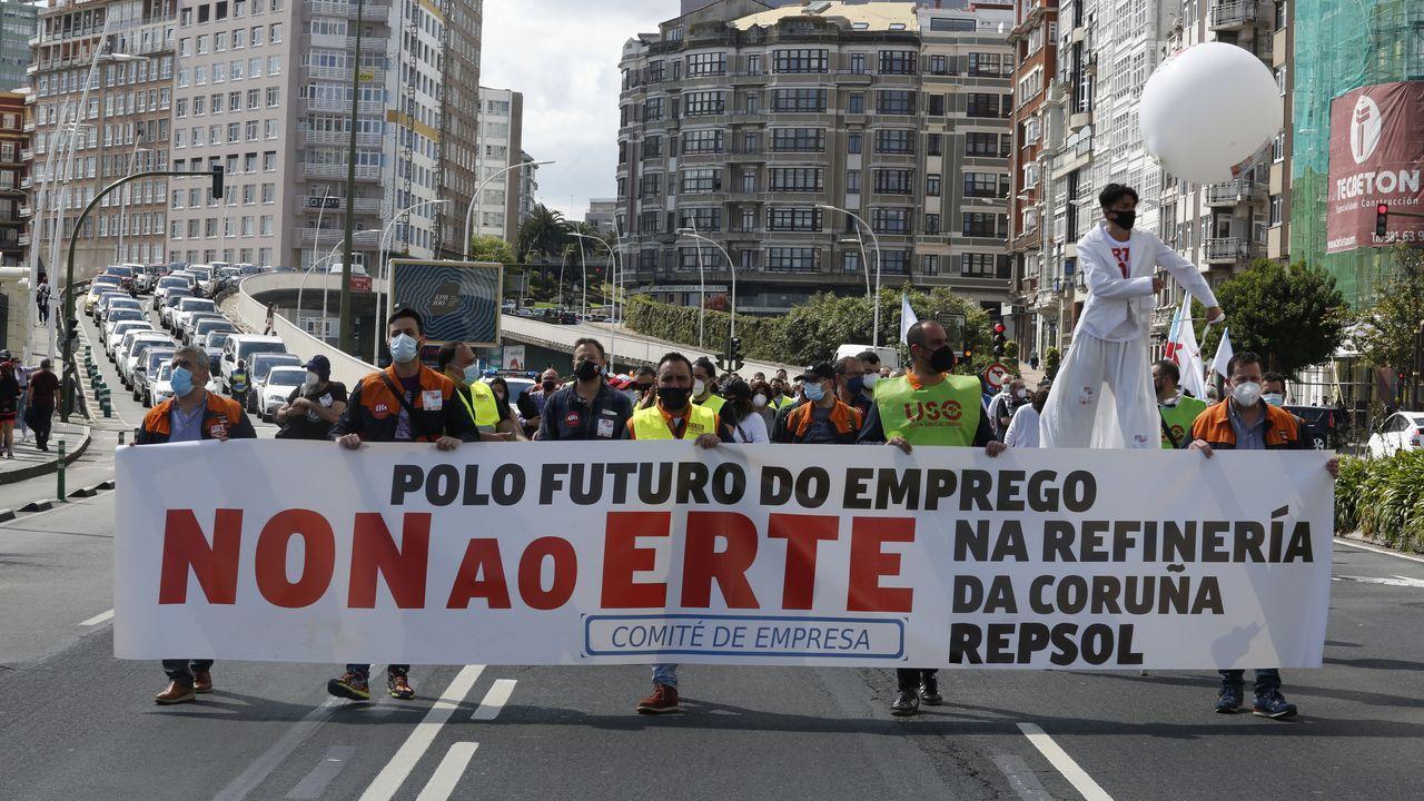 La protesta de los trabajadores de Repsol en A Coruña, en fotos.Refinería de Repsol en A Coruña.