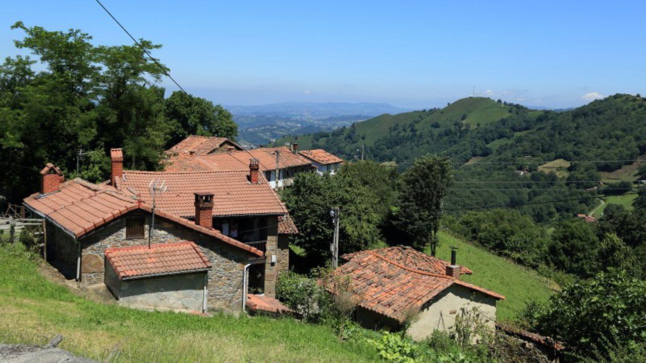 Pueblo de La Texuca, en Langreo, Asturias