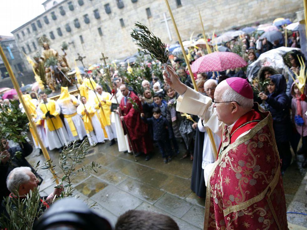 El arzobispo bendijo los ramos en A Quintana.